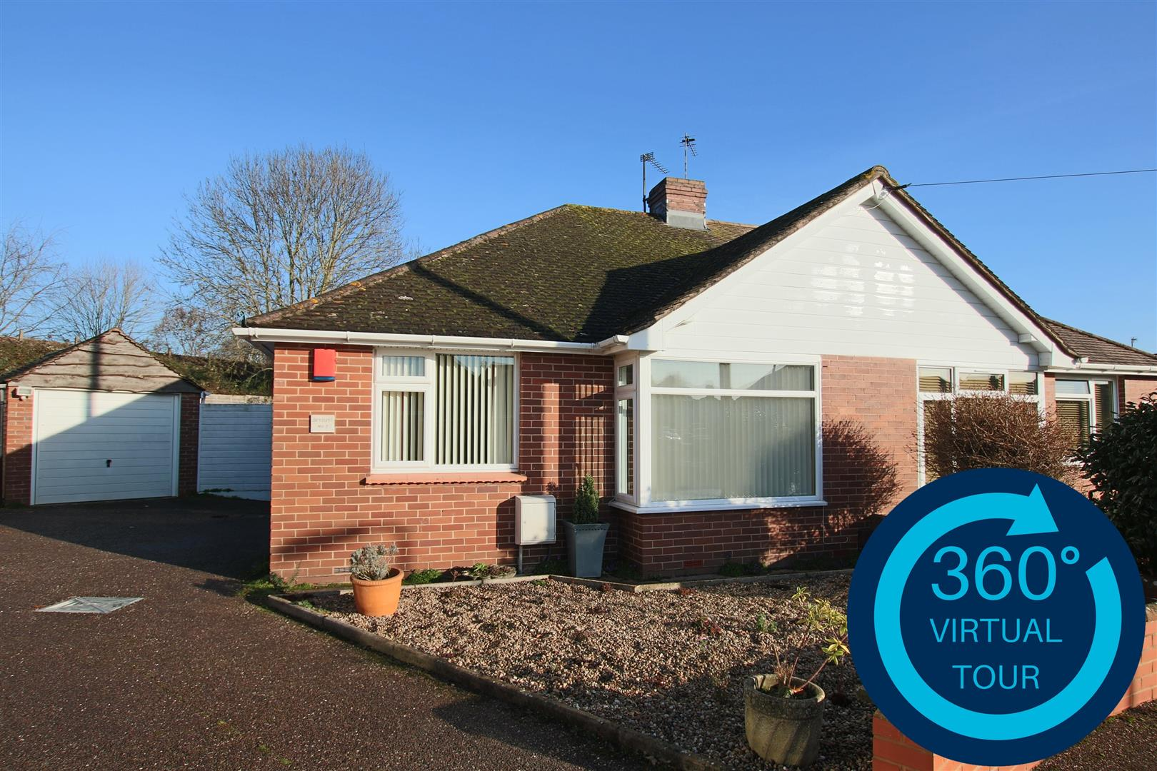 2 Bedrooms Semi Detached Bungalow for sale in Woolsery Grove, Whipton, Exeter